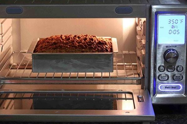چگونه در مایکروفر کیک بپزیم؟