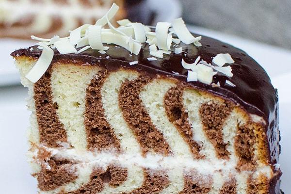کیک زبرا شکلاتی