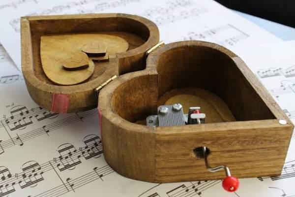 جعبه موزیکال هدیه ولنتاین