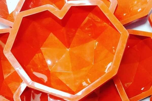 کاربردهای قالب قلب سورپرایز