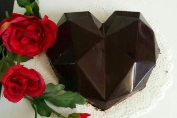 کیک قلب سورپرایز